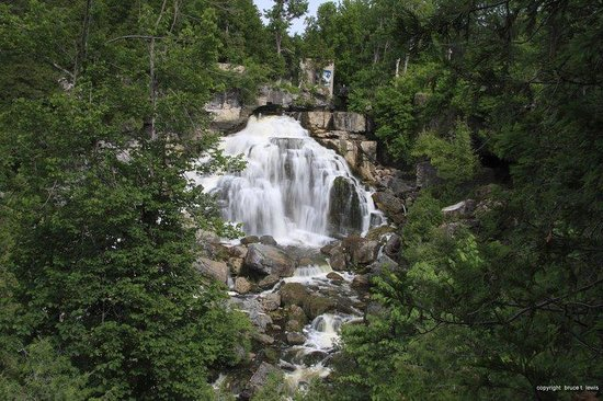 Owen Sound, Canada: Falls