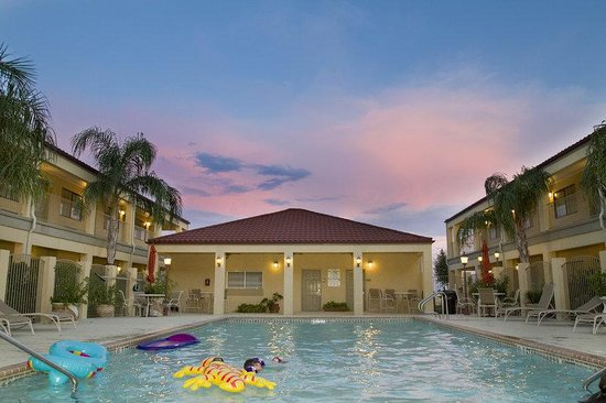 BEST WESTERN San Isidro Inn: Pool Side
