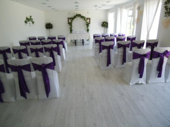 Melbourne, UK: Ceremony room