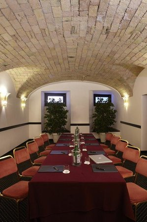 Hotel Regina Baglioni: Trevi Meeting Room