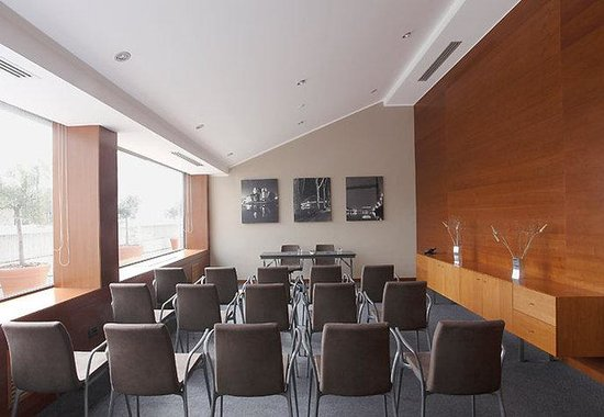 AC Hotel Genova by Marriott: Forum C Meeting Room