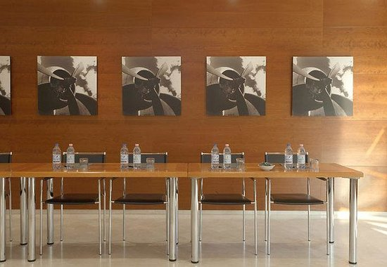 AC Hotel Genova by Marriott: Forum D Meeting Room