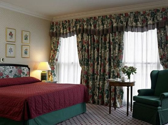 NH Harrington Hall Hotel: Room