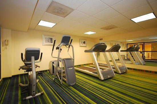 Holiday Inn Express Boston: Gym