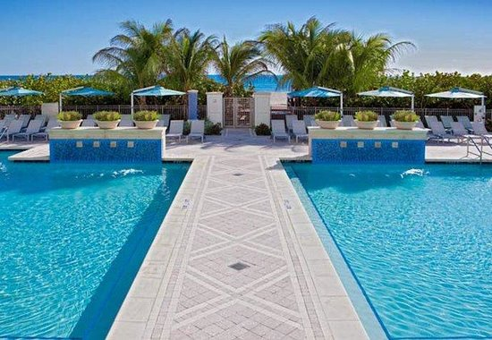 Riviera Beach, FL: Outdoor Pools