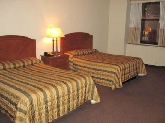 Hotel Pennsylvania New York: Beds