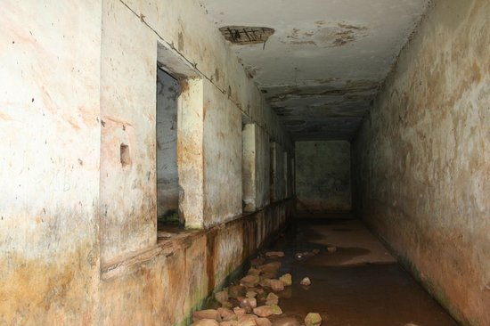 Cassia Lodge: Idi Amin's torture chambers. The water was electrocuted.
