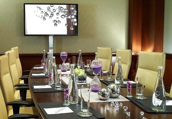Renaissance Las Vegas Hotel : Boardroom 