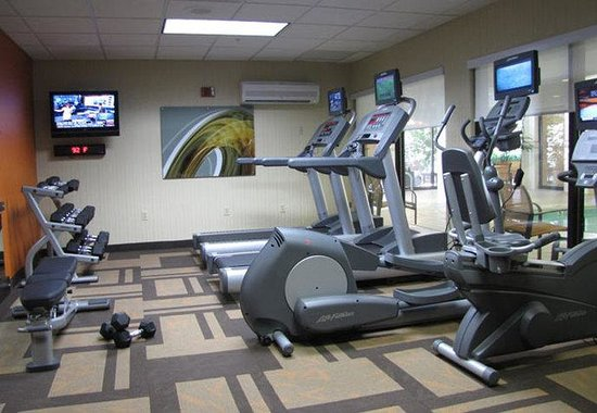 Courtyard by Marriott Frederick: Fitness Center