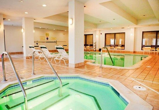 Courtyard Livermore : Indoor Pool &amp; Spa 