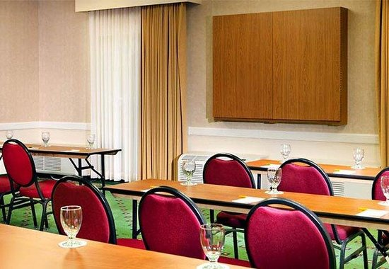 Courtyard by Marriott Dallas LBJ at Josey: Meeting Room