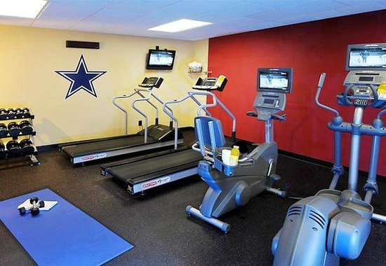 Courtyard by Marriott Dallas Arlington by the Ballpark: Fitness Center