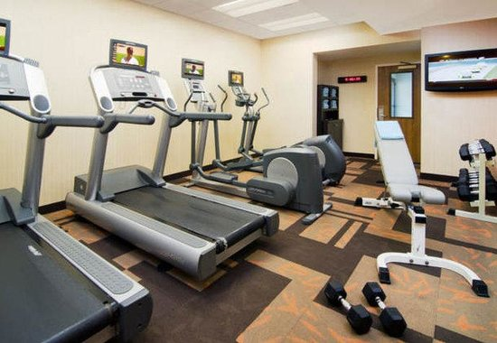 Courtyard by Marriott St. Louis Westport Plaza: Fitness Center