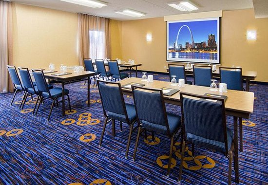 Courtyard by Marriott St. Louis Westport Plaza: Meeting Room