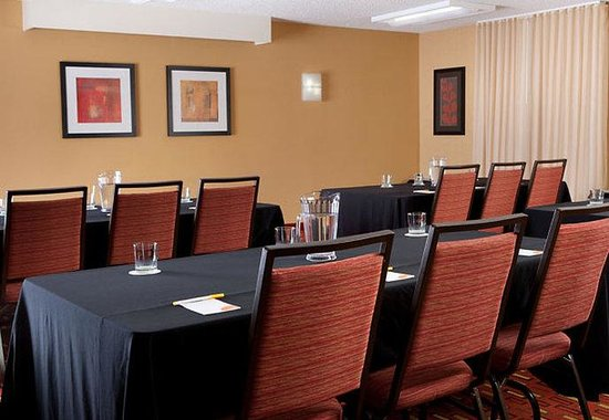 Courtyard by Marriott Anaheim Buena Park: Meeting Space