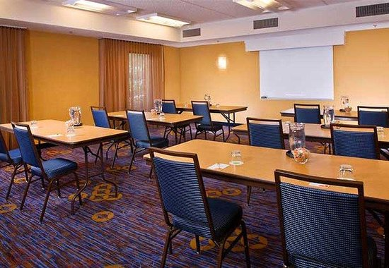 Courtyard by Marriott Charlotte SouthPark: Meeting Room