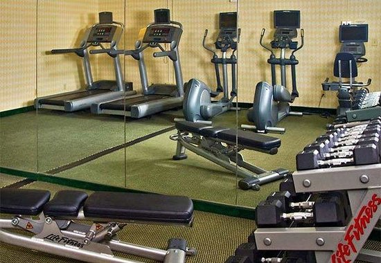 Courtyard by Marriott Charlottesville North: Fitness Center
