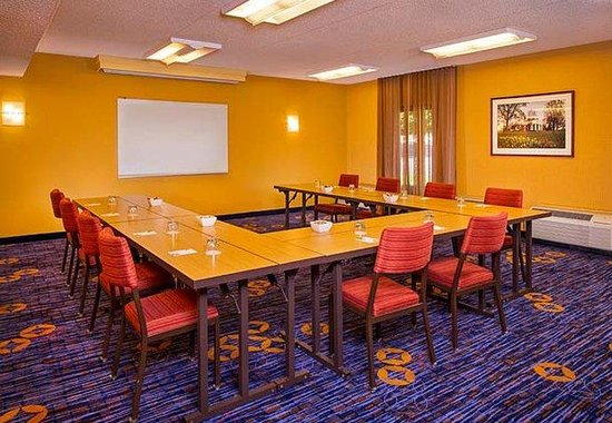 Courtyard by Marriott Charlottesville North: Meeting Room