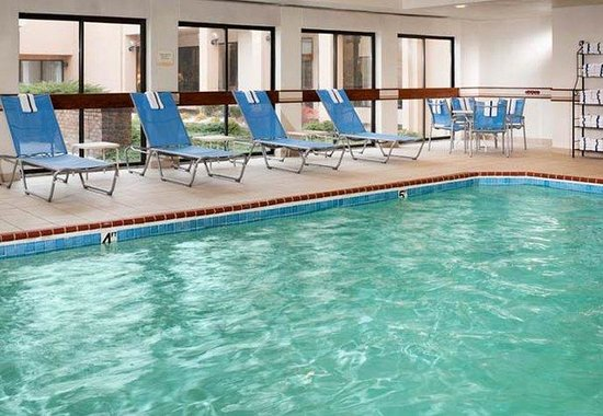 Auburn Hills, MI: Indoor Pool