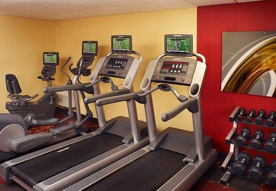 Clive, IA: Fitness Center