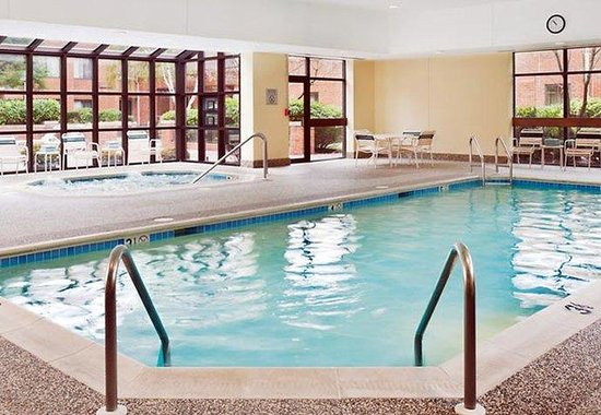Stoughton, MA: Indoor Pool