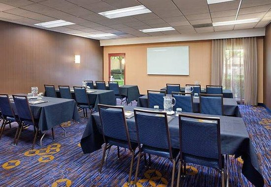 Courtyard by Marriott San Jose Airport: Meeting Room