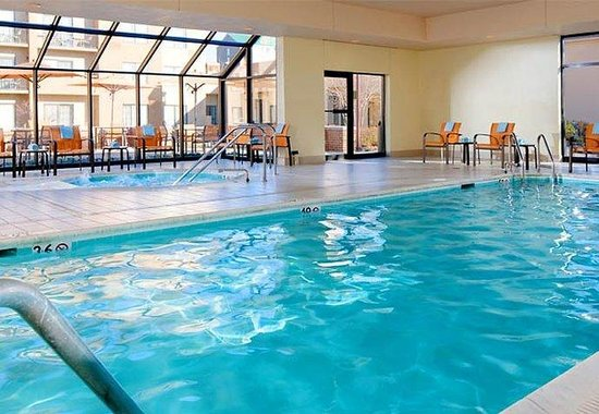 Courtyard by Marriott Greenbelt: Indoor Pool &amp; Whirlpool