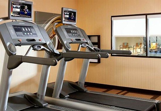 Courtyard by Marriott Greenbelt: Fitness Center