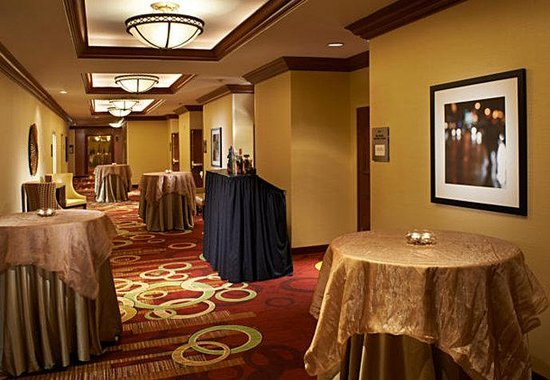 ‪‪Courtyard by Marriott Chicago Downtown‬: Pre-Function Space‬