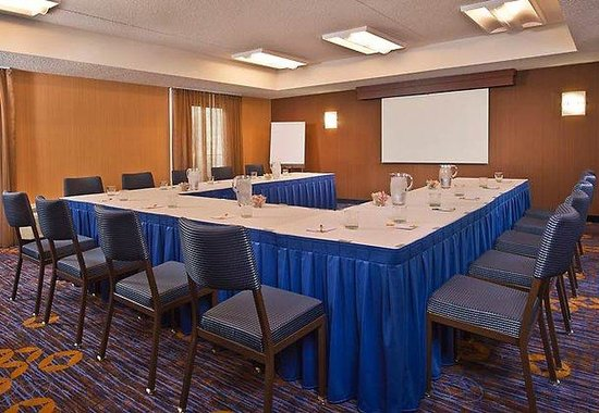 Whippany, NJ: Meeting Room