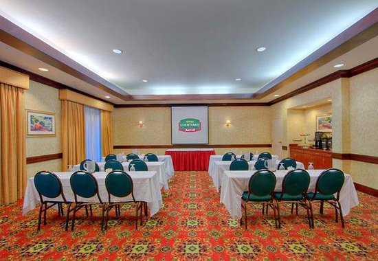 Courtyard by Marriott Worcester: Meeting Space