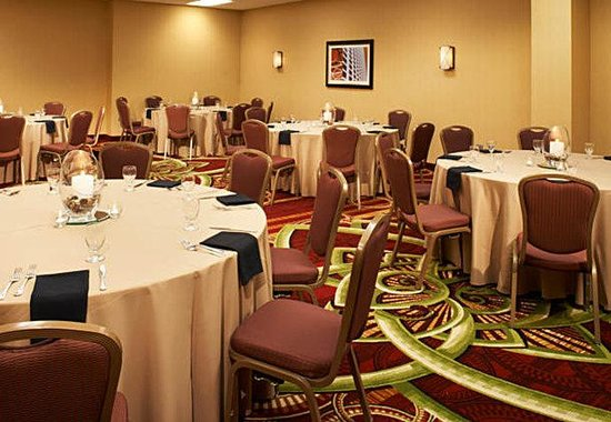 ‪‪Courtyard by Marriott Chicago Downtown‬: Grand Avenue Meeting Room‬