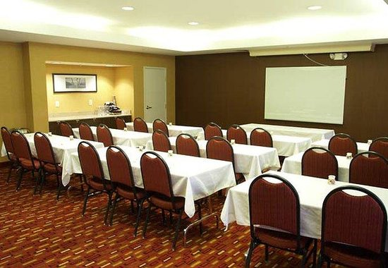 Courtyard by Marriott Colorado Springs South: Meeting Room