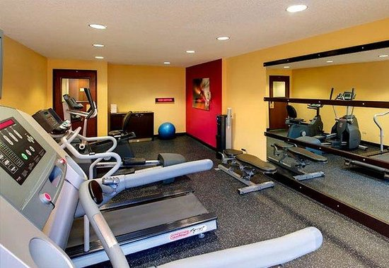 Courtyard by Marriott Houston Brookhollow: Fitness Center