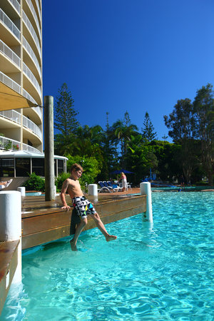 Caloundra, Australia: Massive Heated Pool