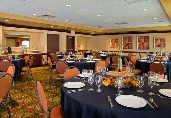 Fort Smith, AR: Meeting Room - Social Event Set-up
