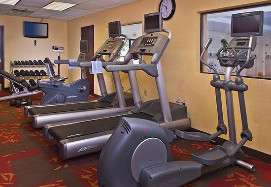 Courtyard by Marriott Long Island MacArthur Airport: Fitness Center