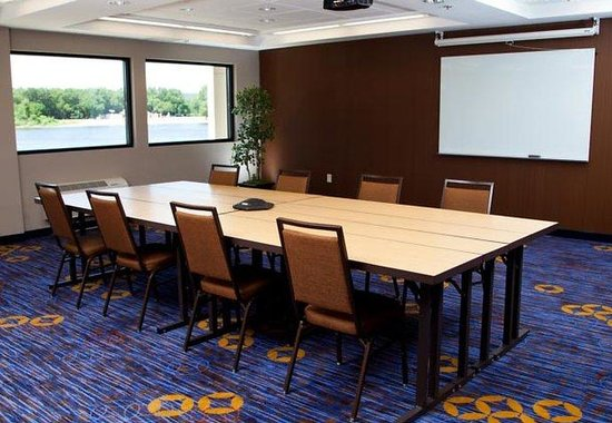 La Crosse, Висконсин: Grand River Meeting Room