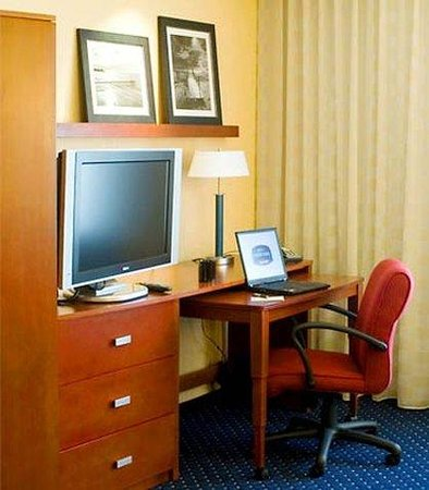 Valencia, Californie : Guest Room Work Station
