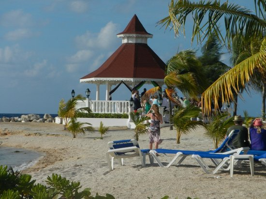 Wedding Gazebo Picture Of Grand Bahia Principe Jamaica Runaway Bay Tripadvisor