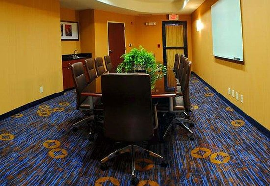 Courtyard by Marriott Anniston Oxford: Boardroom