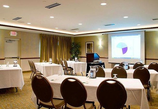 , : Meeting &amp; Banquet Room