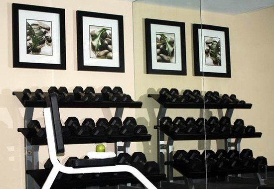 Courtyard by Marriott Fort Lauderdale East: Exercise Room – Free Weights