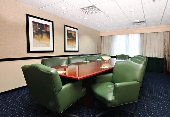 Courtyard by Marriott Las Vegas South: Board Room