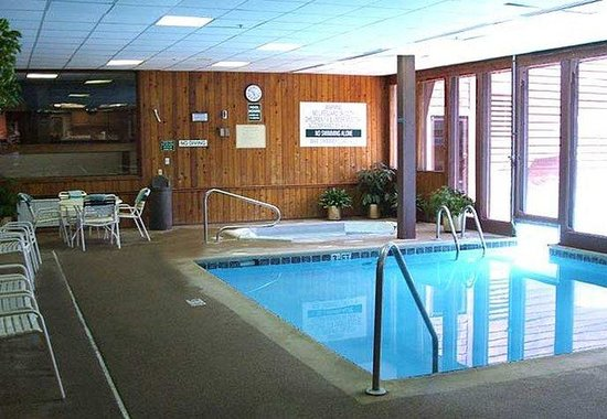 Goshen, : Indoor/ Outdoor Pool