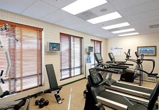 Courtyard by Marriott: Fitness Center
