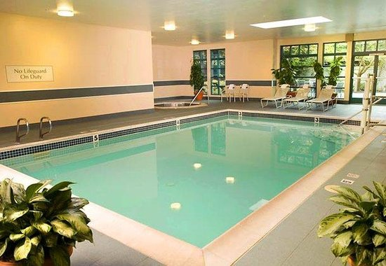Tigard, OR: Indoor Pool &amp; Spa