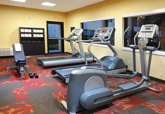 Courtyard by Marriott Houston Hobby Airport: Fitness Center