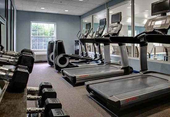 Courtyard by Marriott Chapel Hill: Fitness Center
