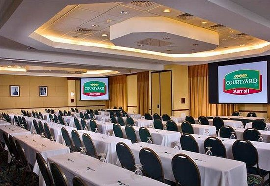 Courtyard by Marriott Gaithersburg Washingtonian Center: Classroom-Style Meeting